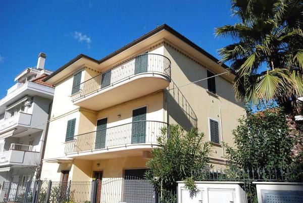 Affitto  bilocale San Benedetto del Tronto Via Leonida Bissolati 1 410644