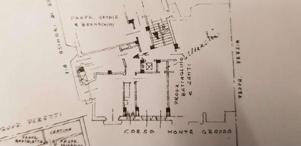 CORSO MONTE GRAPPA - COMODO METRO PIANO ALTO