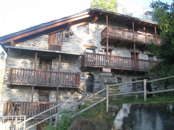 Rustico / Casale in vendita a Lillianes, 3 locali, prezzo € 120.000   CambioCasa.it