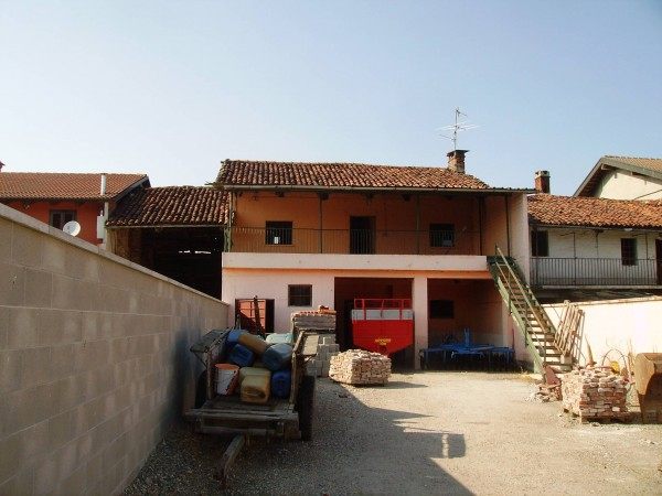 Rustico / Casale in vendita a Vigone, 4 locali, prezzo € 48.000 | CambioCasa.it