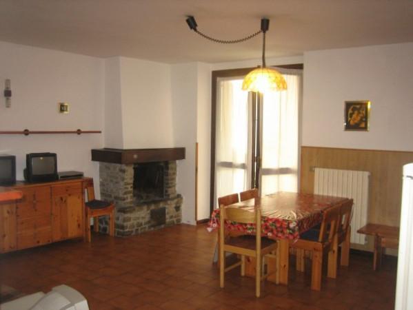 Appartamento in vendita a Aprica, 3 locali, prezzo € 97.000   CambioCasa.it