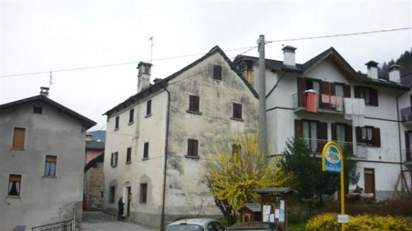 Porzione casa tradizionale Antigoriana