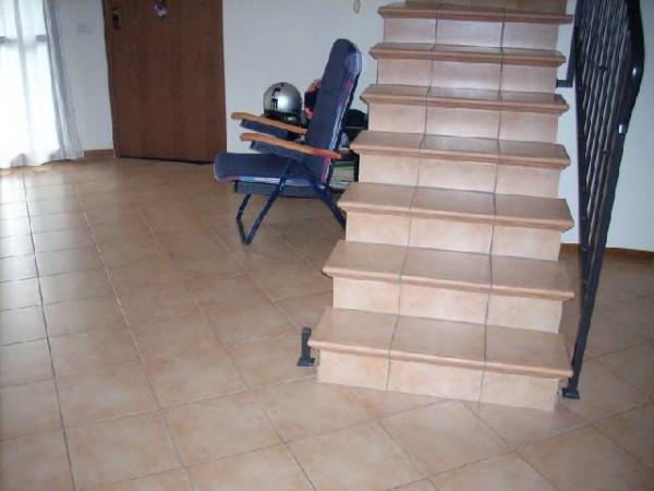 Casa Indipendente in buone condizioni in vendita Rif. 4461497