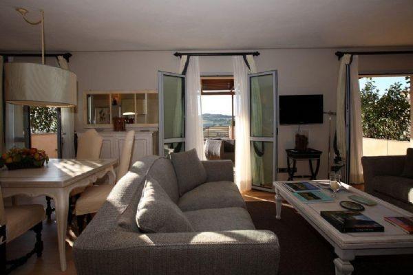 Appartamento in ottime condizioni arredato in vendita Rif. 4496614