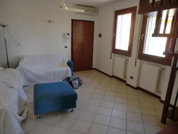 Appartamento in ottime condizioni in vendita Rif. 4855643