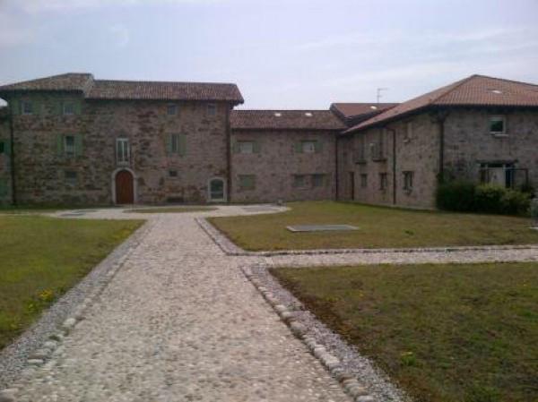 Esclusivo Tricamere a pochi km da Udine