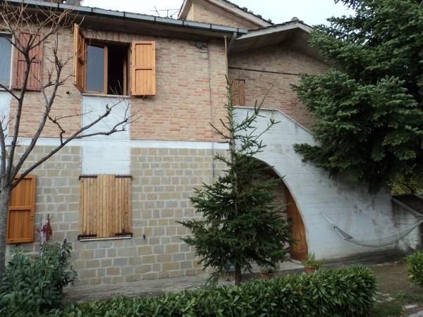 Appartamento in buone condizioni arredato in vendita Rif. 4227958