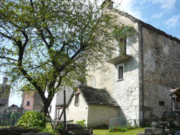 Casa Indipendente in buone condizioni in vendita Rif. 4207007
