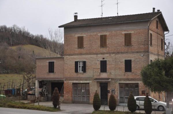 Appartamento in ottime condizioni arredato in vendita Rif. 4244502