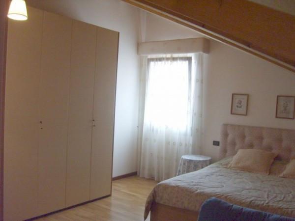 Appartamento in buone condizioni arredato in vendita Rif. 4853941