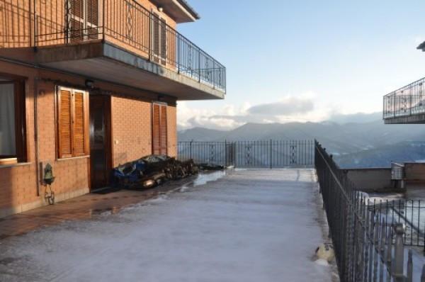 Appartamento in ottime condizioni in vendita Rif. 4244516