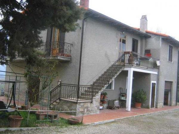 Appartamento in buone condizioni in vendita Rif. 4237250