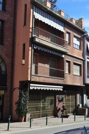 Appartamento in buone condizioni in affitto Rif. 4223577