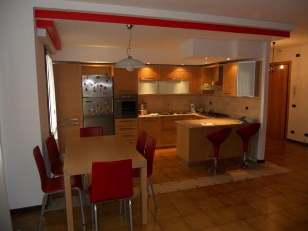 Appartamento in buone condizioni parzialmente arredato in vendita Rif. 4326551