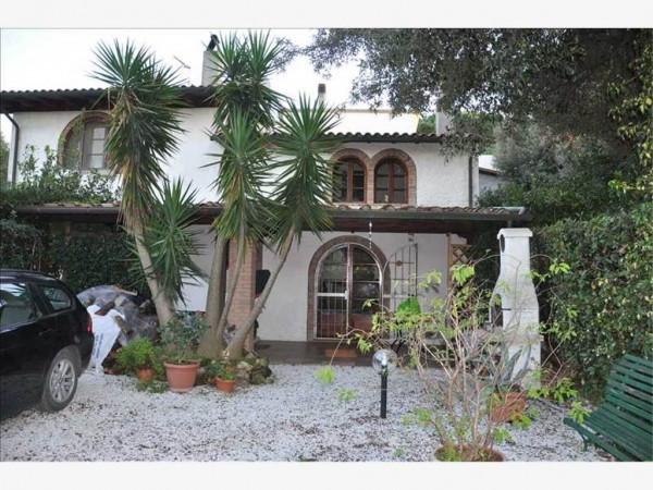 Casa Indipendente in ottime condizioni in vendita Rif. 4919115