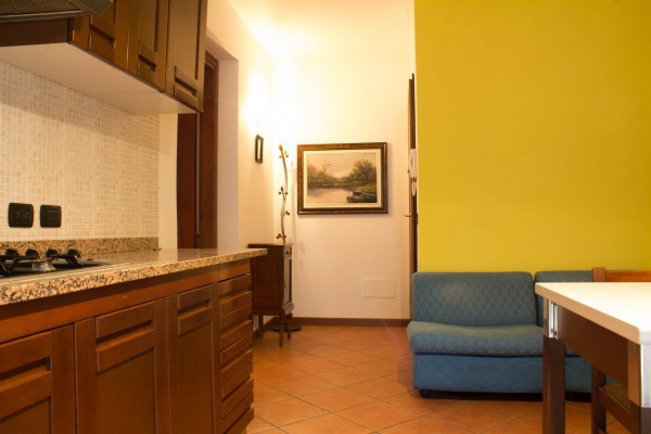 Appartamento in buone condizioni arredato in affitto Rif. 4396092
